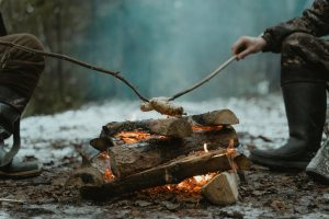 healthy-eating-camping-fire